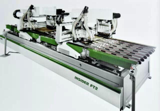 我乐整体橱柜IMA生产线—高精度高效率的排钻技术